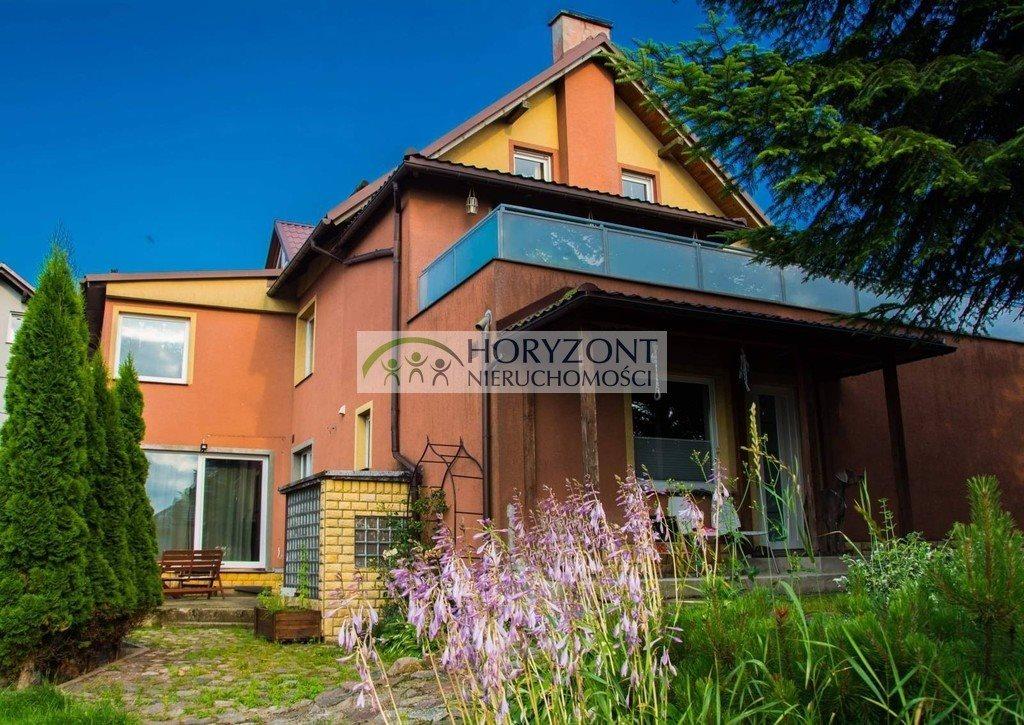 Dom na sprzedaż Sierakowice  399m2 Foto 1