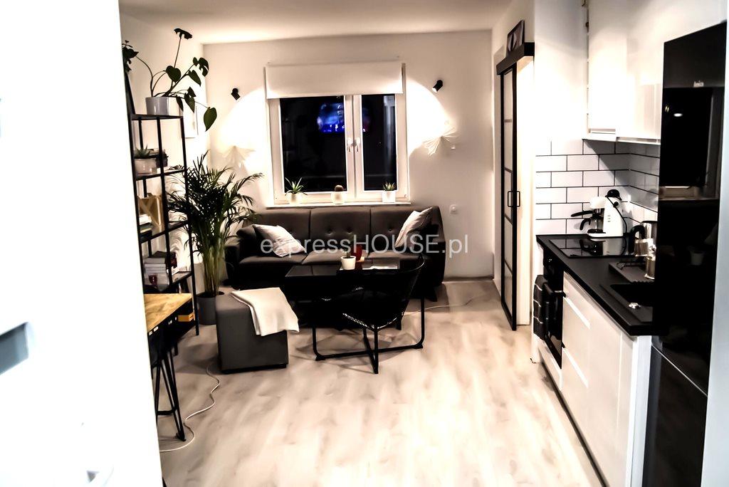 Mieszkanie dwupokojowe na sprzedaż Poznań, Jeżyce  40m2 Foto 1