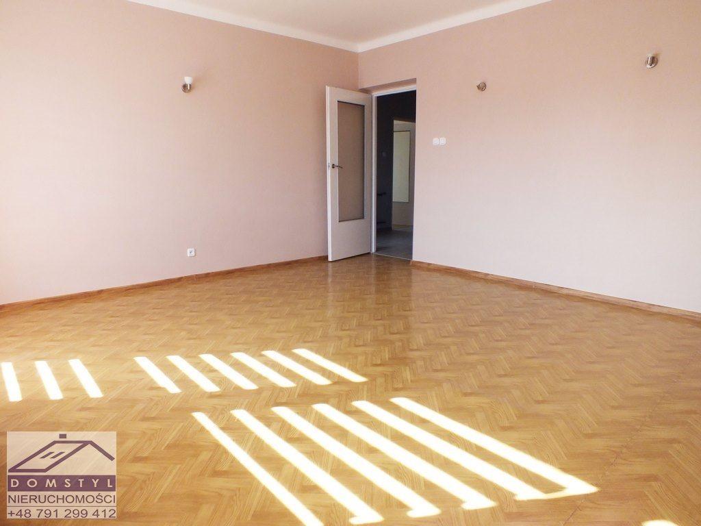 Dom na wynajem Łazy, Niegtowoniczki  103m2 Foto 2