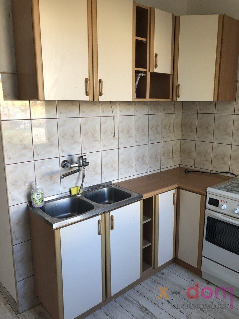 Mieszkanie trzypokojowe na sprzedaż Skarżysko-Kamienna  58m2 Foto 3
