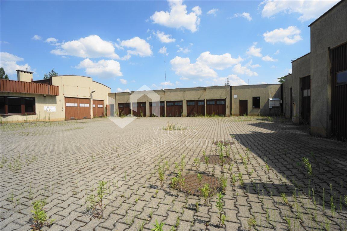 Lokal użytkowy na wynajem Katowice, Dąb  545m2 Foto 1