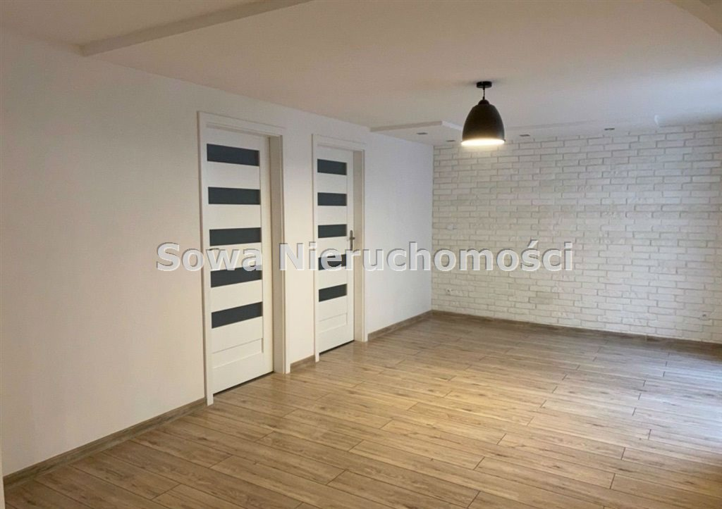 Mieszkanie czteropokojowe  na sprzedaż Jelenia Góra, Centrum  114m2 Foto 4