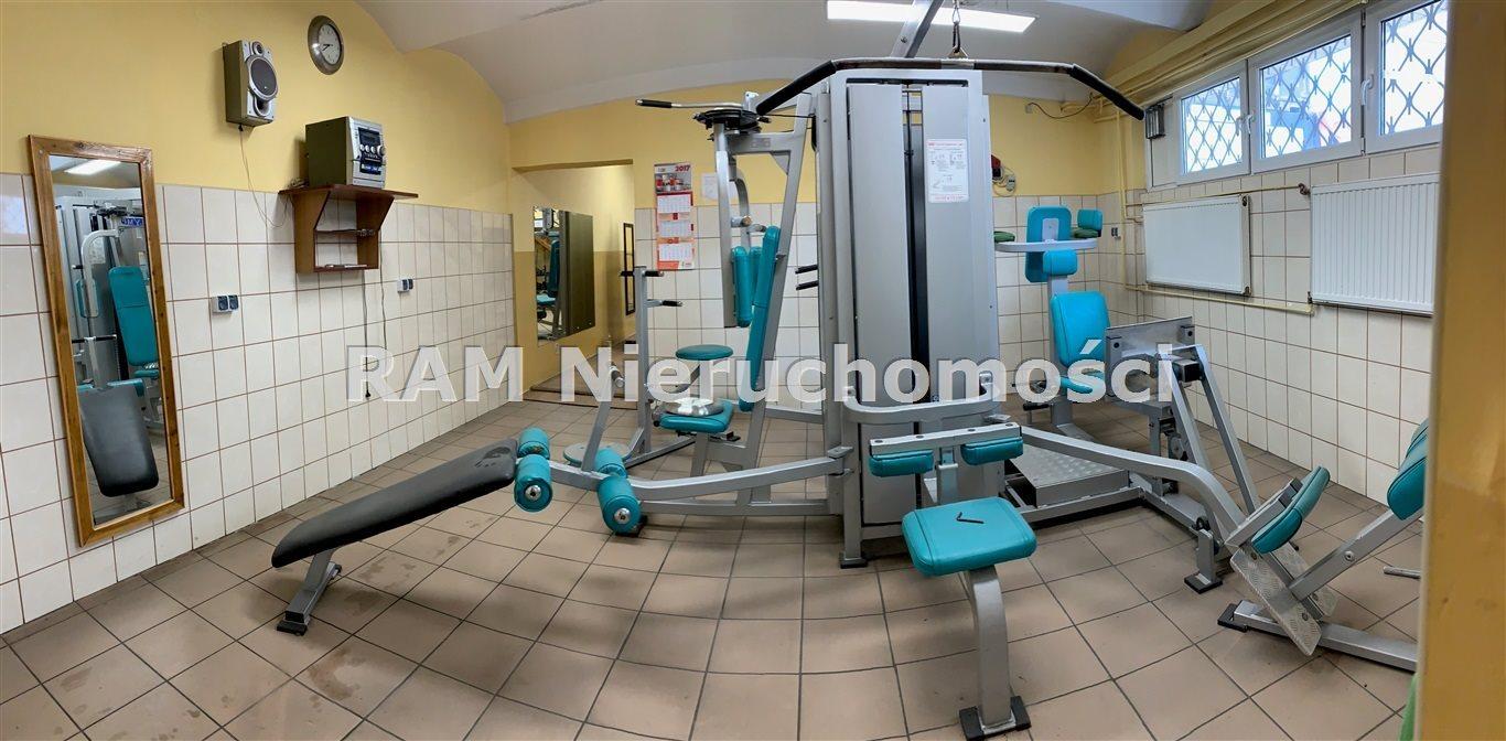 Lokal użytkowy na sprzedaż Legnica  200m2 Foto 1