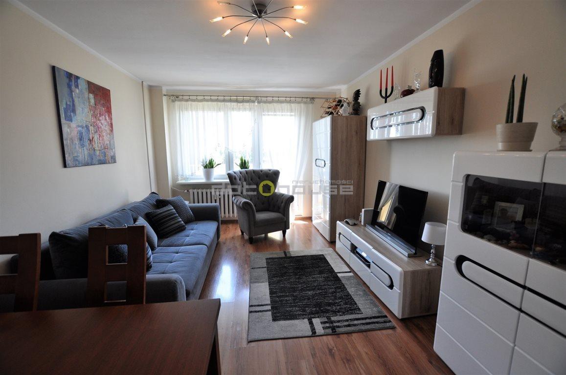 Mieszkanie trzypokojowe na sprzedaż Katowice, Bogucice, Wajdy  61m2 Foto 1