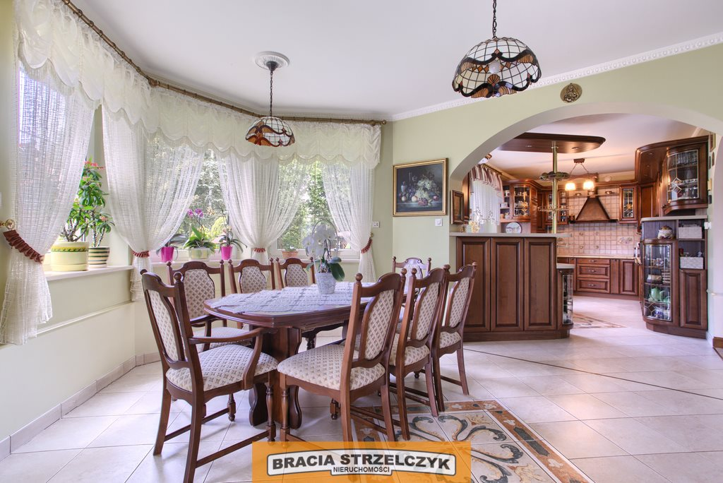 Dom na sprzedaż Wilcza Góra  380m2 Foto 2