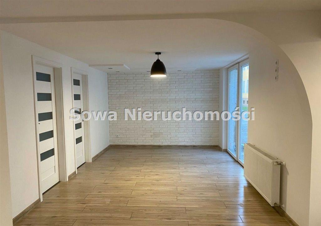 Mieszkanie czteropokojowe  na sprzedaż Jelenia Góra, Centrum  114m2 Foto 2