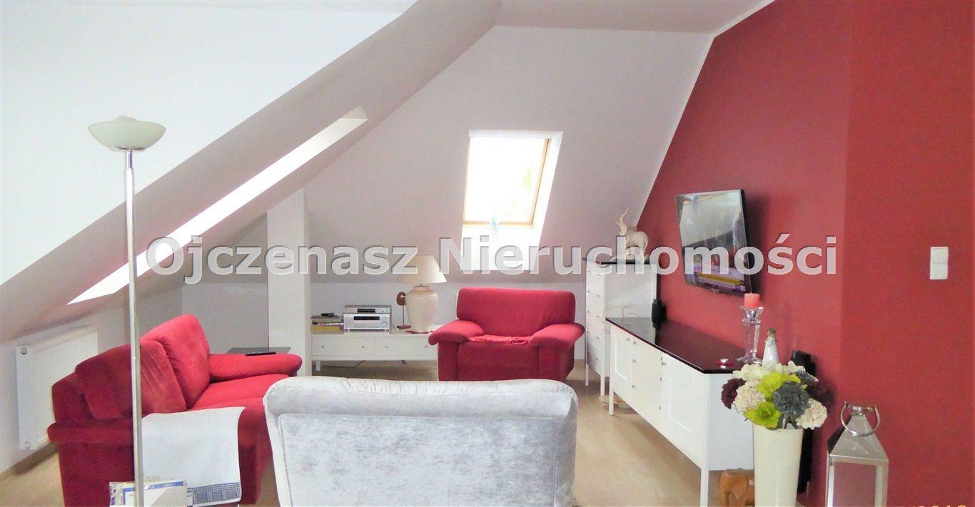 Mieszkanie trzypokojowe na sprzedaż Niemcz  74m2 Foto 1