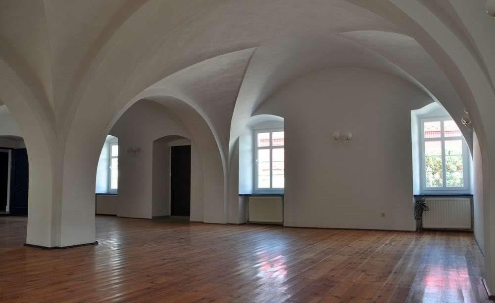 Dom na wynajem Wrocław, Fabryczna, 10 km od Leśnicy  800m2 Foto 7