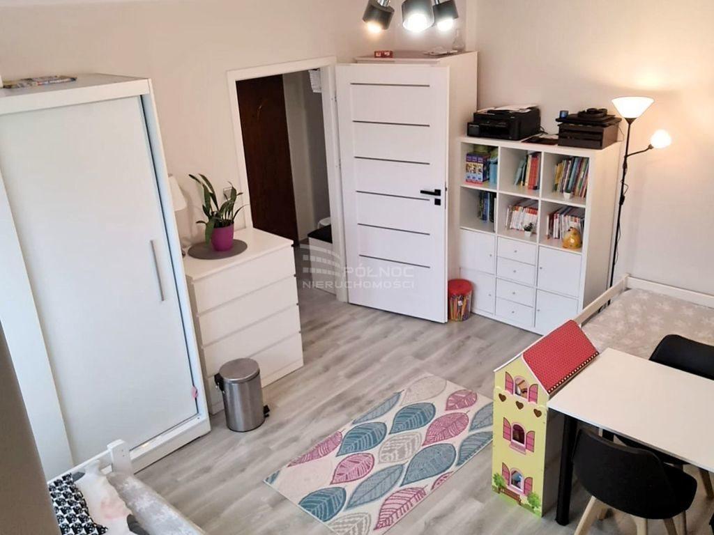 Mieszkanie dwupokojowe na sprzedaż Bolesławiec  49m2 Foto 4