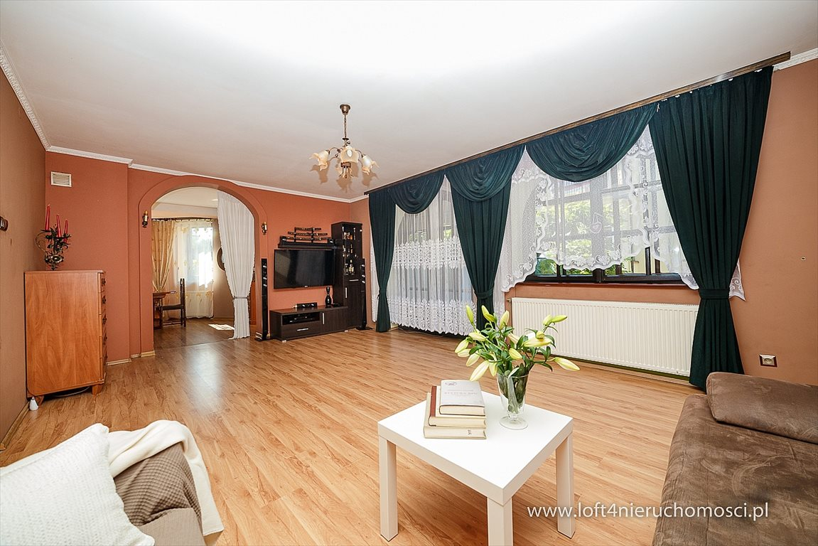 Dom na sprzedaż Tarnów, Kwiatowa  225m2 Foto 9