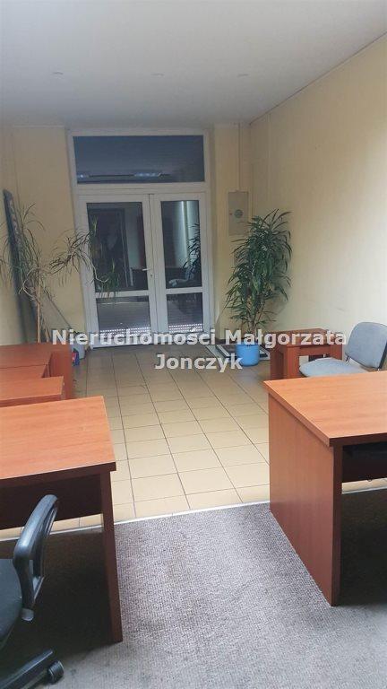 Lokal użytkowy na wynajem Zduńska Wola  34m2 Foto 1