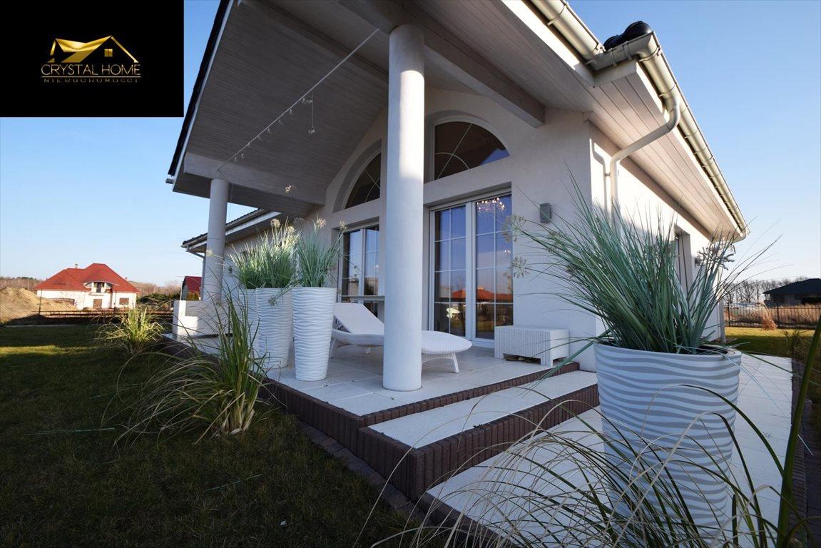 Dom na sprzedaż Żarów  230m2 Foto 1