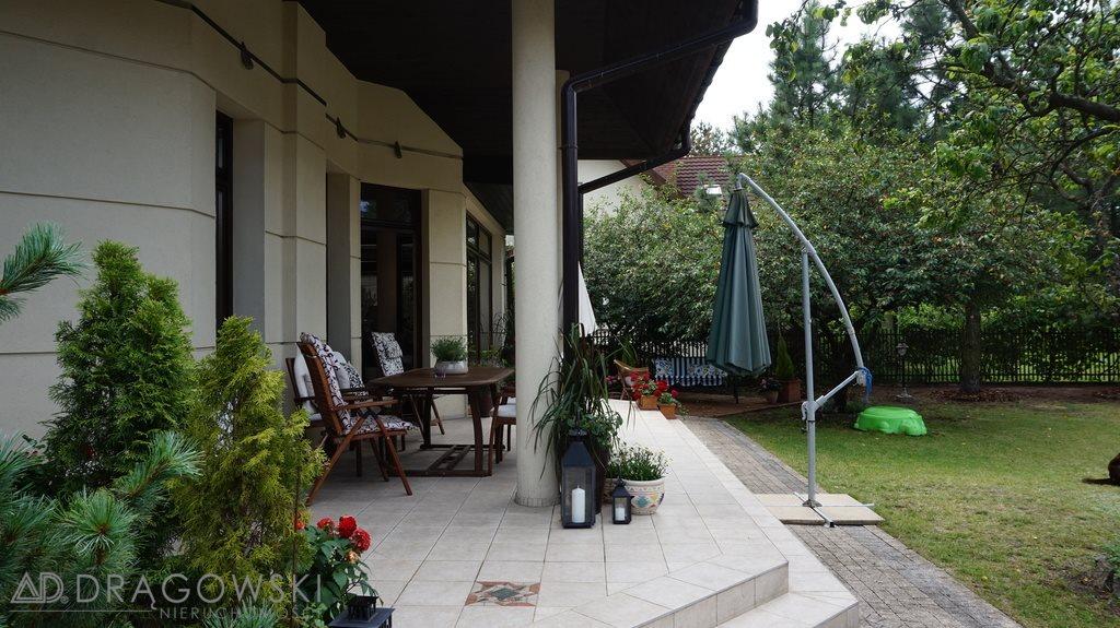 Dom na sprzedaż Laski  346m2 Foto 1
