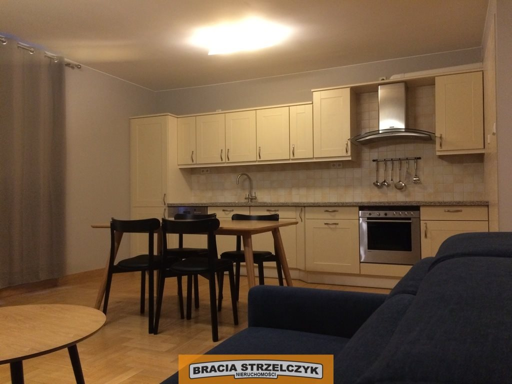 Mieszkanie dwupokojowe na wynajem Warszawa, Śródmieście, Hoża  54m2 Foto 3