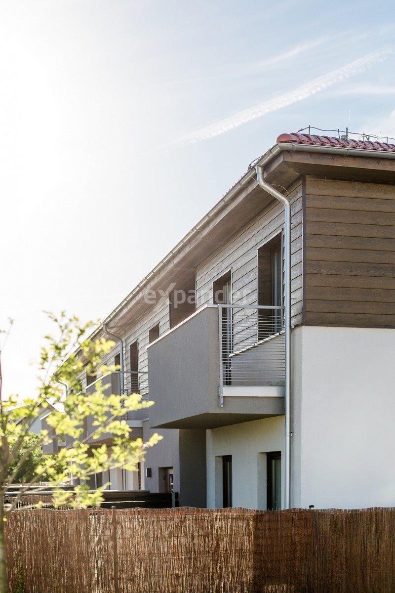 Mieszkanie trzypokojowe na sprzedaż Kiełczów  62m2 Foto 4