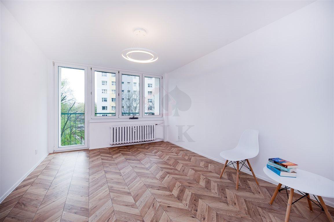 Mieszkanie trzypokojowe na sprzedaż Siemianowice Śląskie, Bytków, Szarych Szeregów (1)  59m2 Foto 2