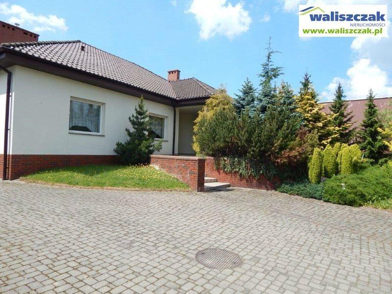 Dom na sprzedaż Piotrków Trybunalski  230m2 Foto 1