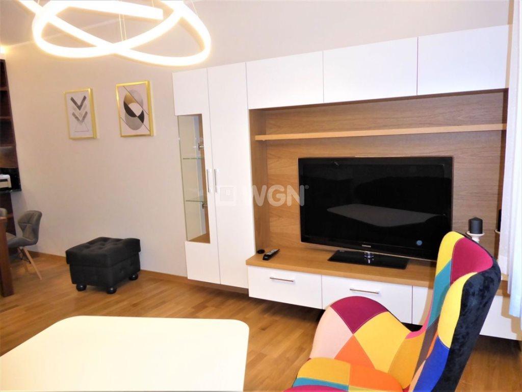 Mieszkanie dwupokojowe na wynajem Częstochowa, Podjasnogórska, Śródmieście, Centrum, Św. Jana  52m2 Foto 4