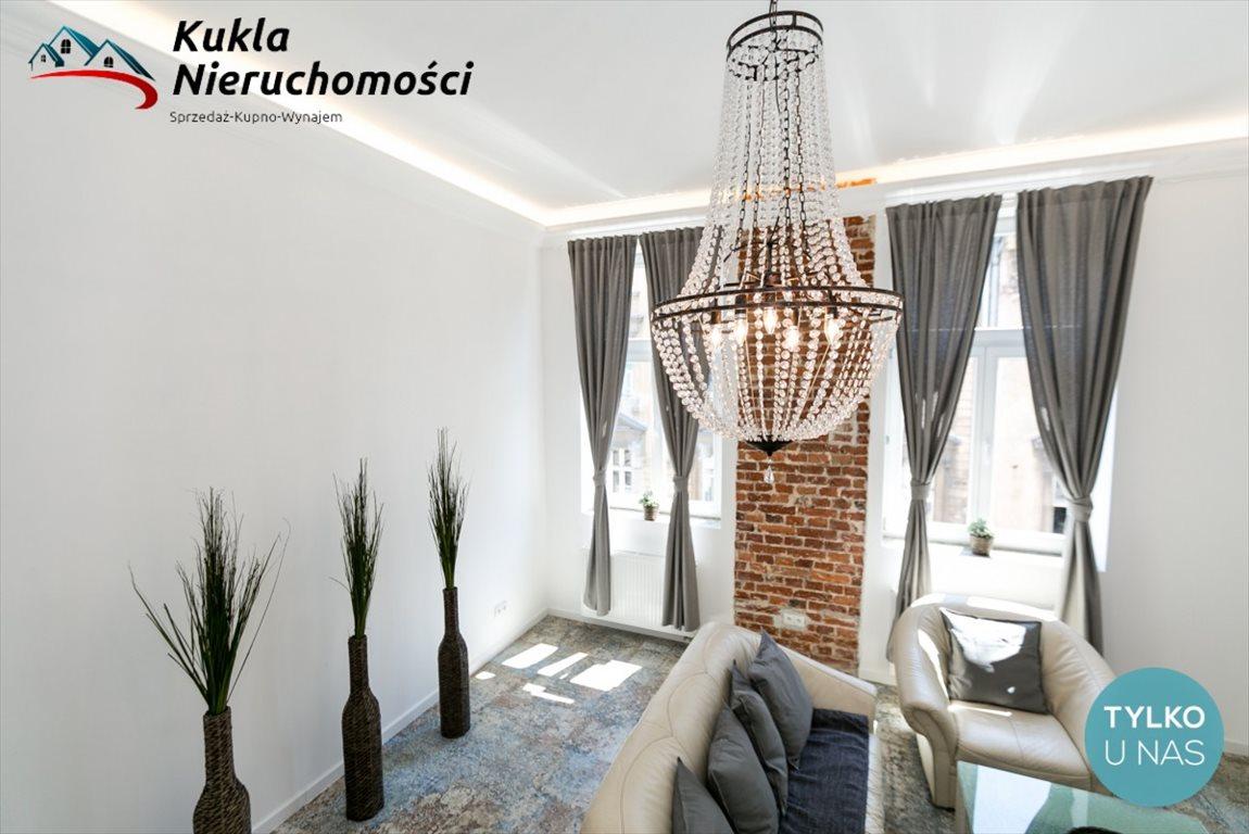 Mieszkanie dwupokojowe na wynajem Kraków, Stare Miasto, Marszałka Józefa Piłsudskiego  56m2 Foto 2