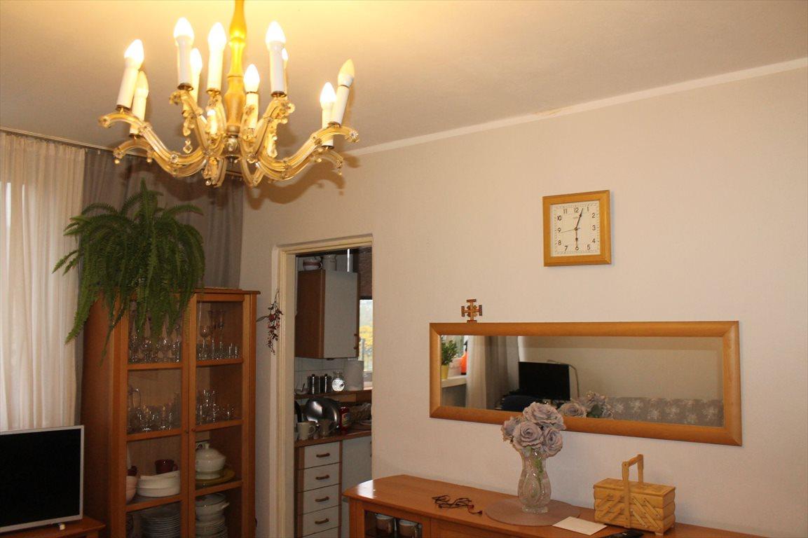 Mieszkanie trzypokojowe na sprzedaż Łódź, Górna, Broniewskiego  53m2 Foto 1