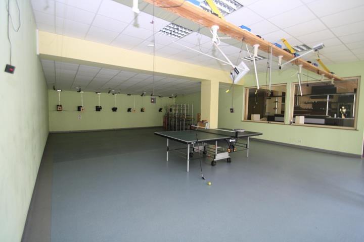 Lokal użytkowy na sprzedaż Tarnów Opolski  203m2 Foto 2