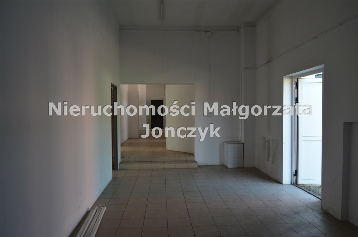 Lokal użytkowy na wynajem Zduńska Wola  345m2 Foto 1
