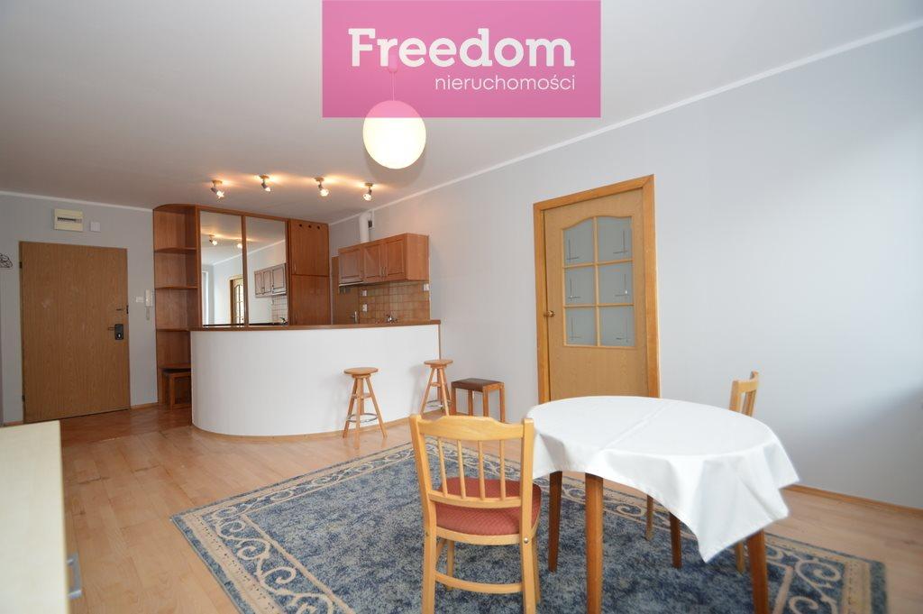 Mieszkanie dwupokojowe na wynajem Olsztyn, Śródmieście, Marii Curie-Skłodowskiej  39m2 Foto 2
