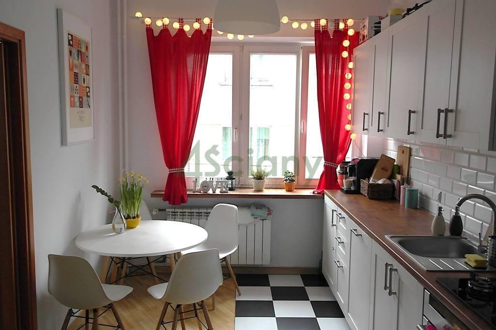 Mieszkanie dwupokojowe na sprzedaż Warszawa, Ochota, Stara Ochota, Białobrzeska  59m2 Foto 1
