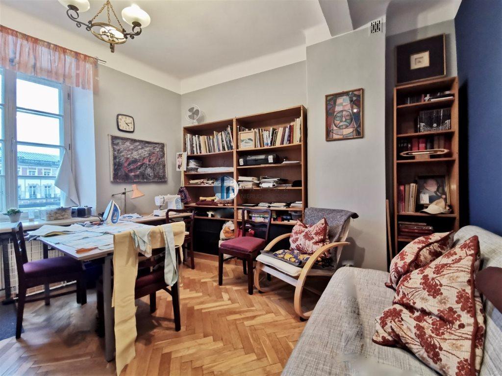 Mieszkanie trzypokojowe na sprzedaż Warszawa, Śródmieście, Stare Miasto, Krakowskie Przedmieście  85m2 Foto 3