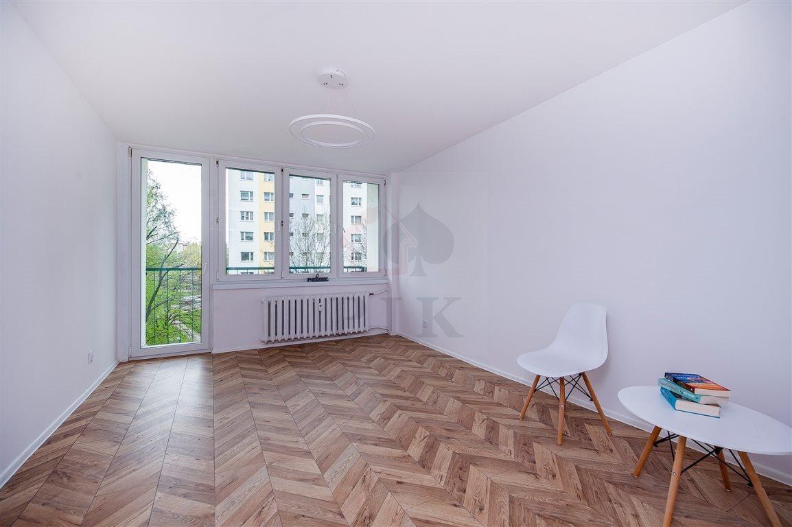 Mieszkanie trzypokojowe na sprzedaż Siemianowice Śląskie, Bytków, Szarych Szeregów (1)  59m2 Foto 1