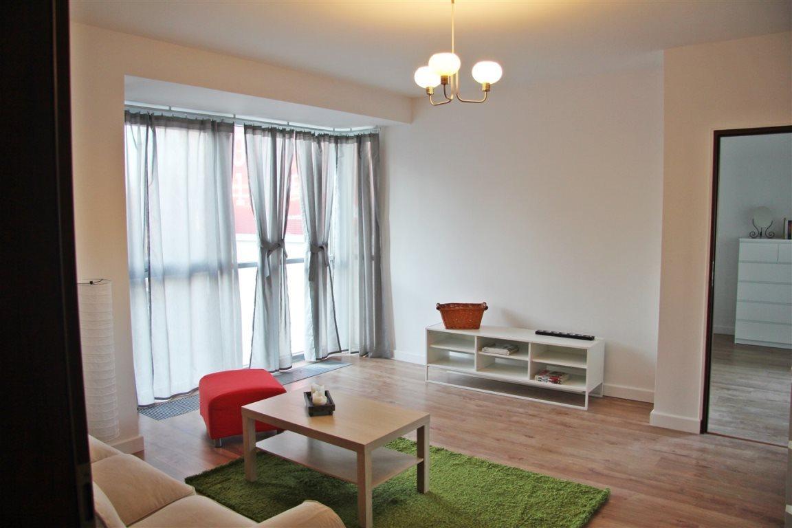 Mieszkanie dwupokojowe na wynajem Kielce, Centrum  52m2 Foto 2