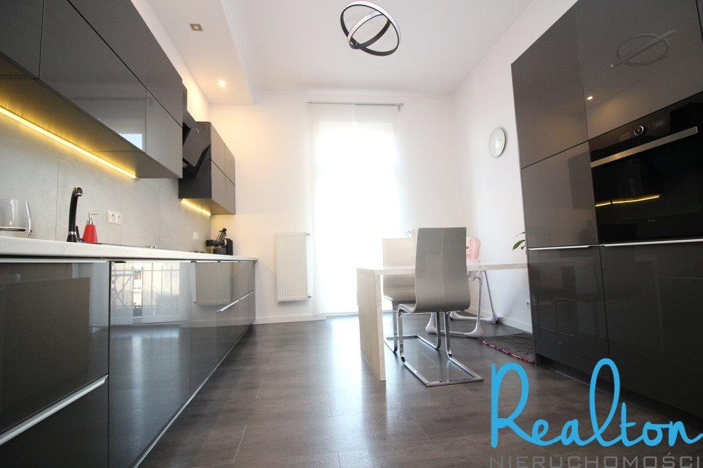 Mieszkanie czteropokojowe  na sprzedaż Zabrze, Wandy  139m2 Foto 4