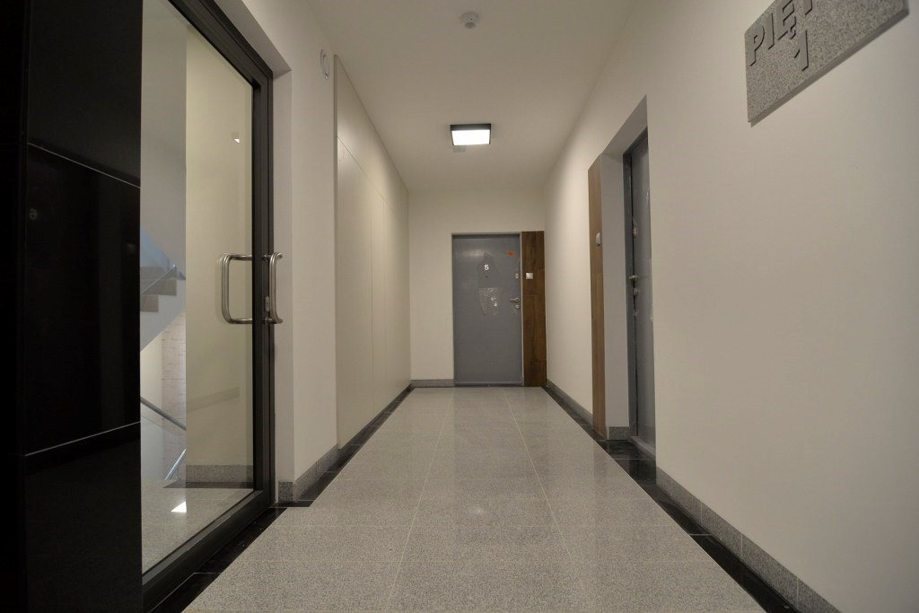 Mieszkanie czteropokojowe  na sprzedaż Kielce, Ślichowice  113m2 Foto 9