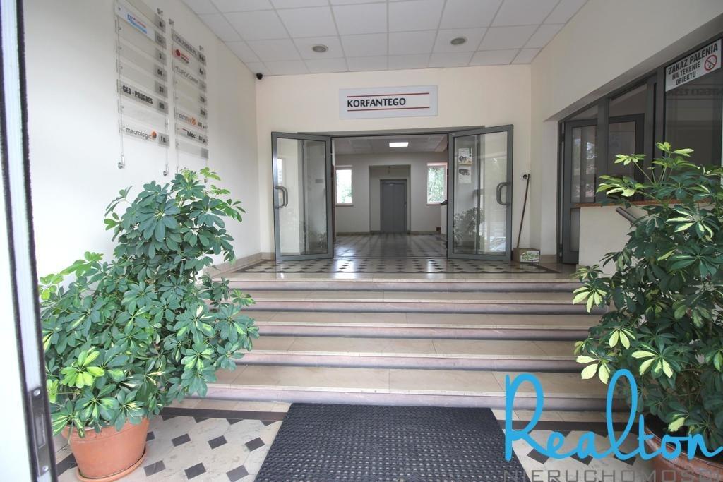 Lokal użytkowy na wynajem Katowice, Koszutka, al. Wojciecha Korfantego  71m2 Foto 2