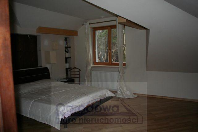 Dom na wynajem Magdalenka  350m2 Foto 1
