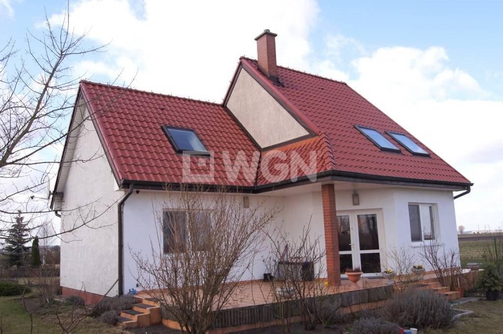 Dom na sprzedaż Kruszwica, Kruszwica  140m2 Foto 1