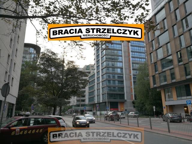 Lokal użytkowy na wynajem Łomianki, Dąbrowa Leśna  600m2 Foto 1