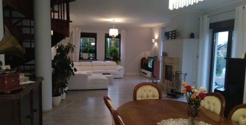 Dom na sprzedaż Napachanie  200m2 Foto 3