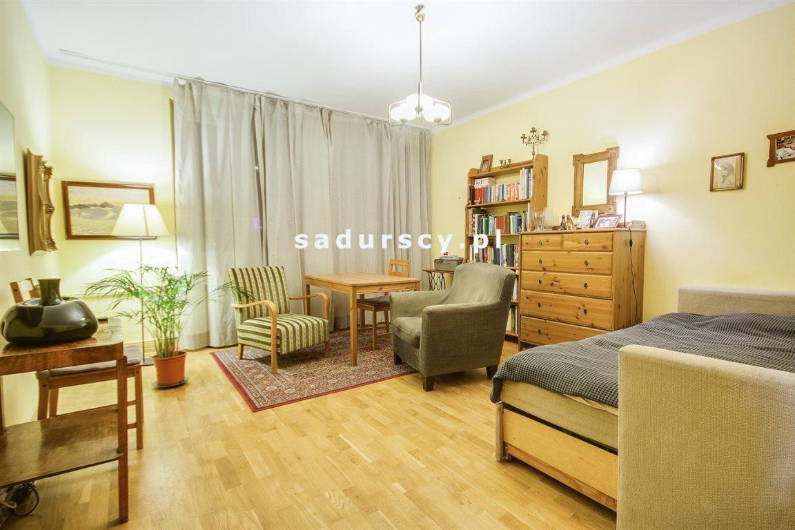 Mieszkanie dwupokojowe na sprzedaż Kraków, Stare Miasto, Kazimierz, św. Wawrzyńca  54m2 Foto 1