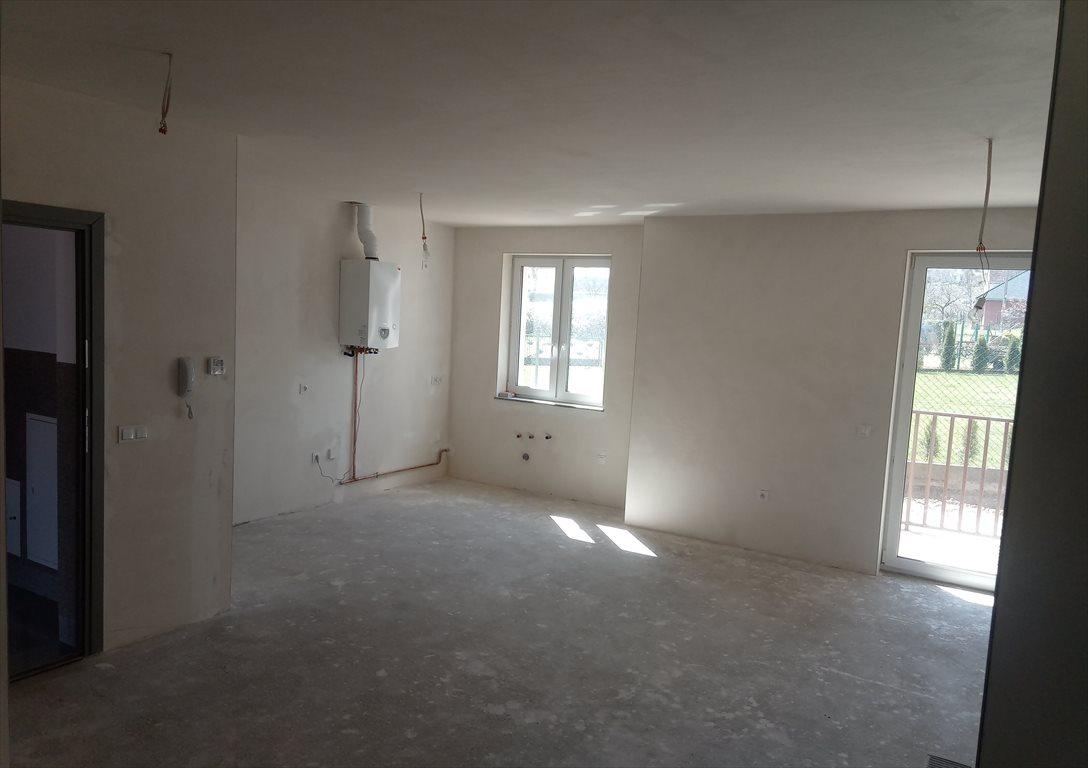Mieszkanie trzypokojowe na sprzedaż Sobótka, zielona 8  65m2 Foto 3