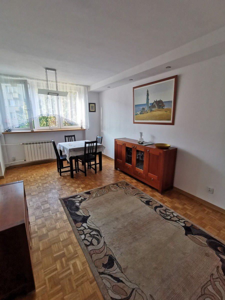 Mieszkanie trzypokojowe na sprzedaż Warszawa, Mokotów, Konstancińska  50m2 Foto 1
