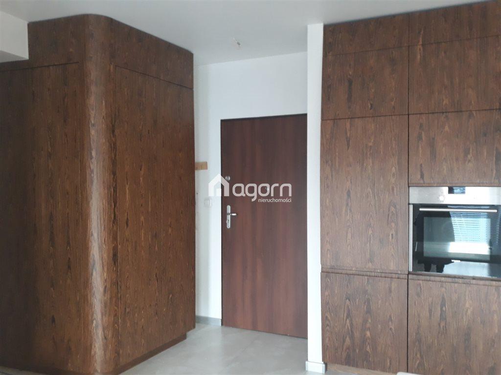 Mieszkanie czteropokojowe  na sprzedaż Bielsko-Biała, Karpackie  64m2 Foto 4