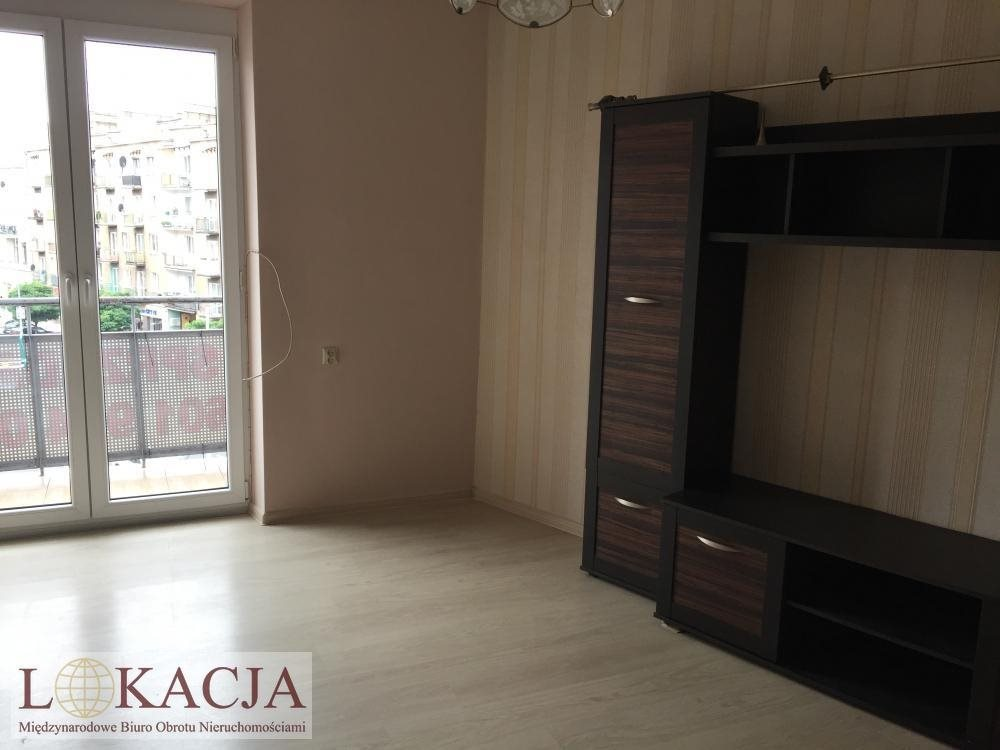 Mieszkanie trzypokojowe na sprzedaż Kalisz, Śródmieście, Górnośląska  62m2 Foto 1