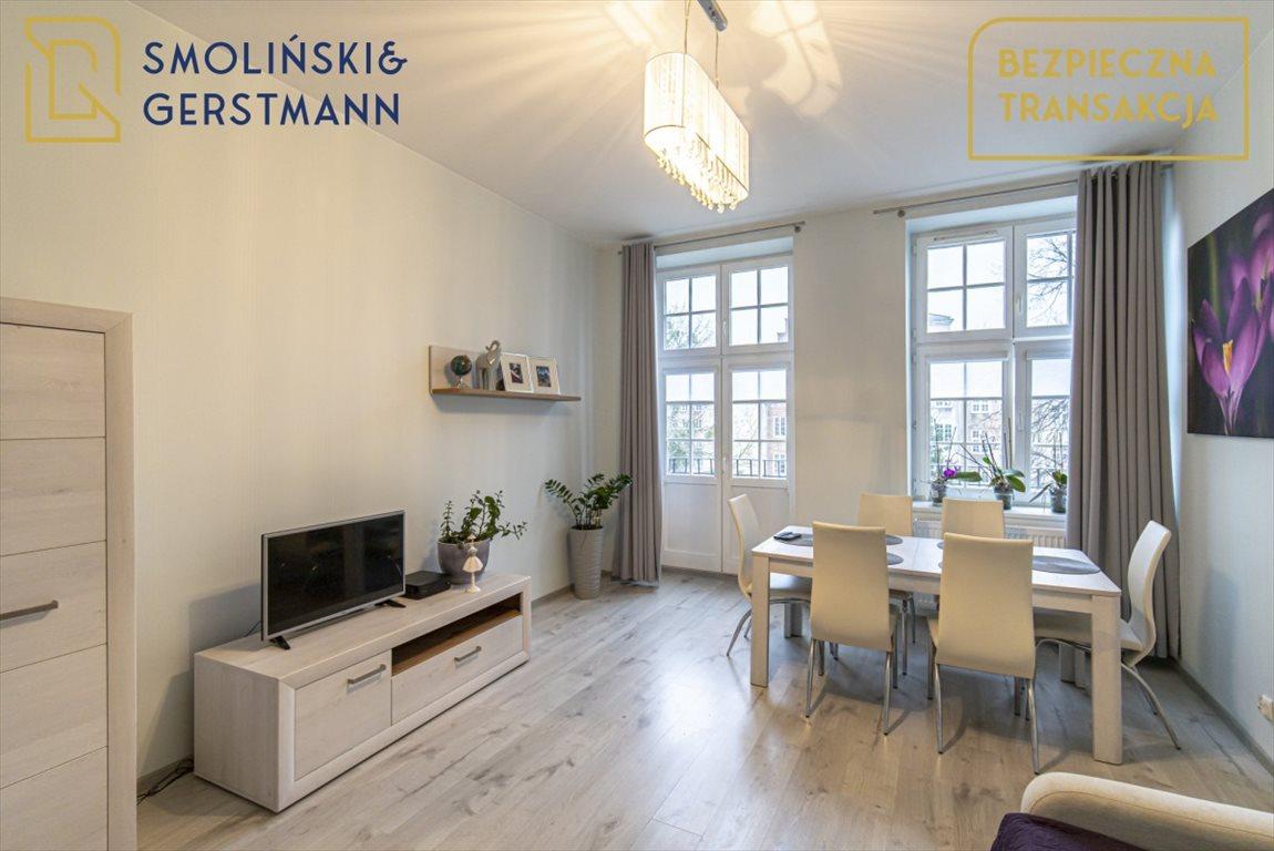 Mieszkanie trzypokojowe na wynajem Gdańsk, Stare Miasto, Świętojańska  77m2 Foto 1