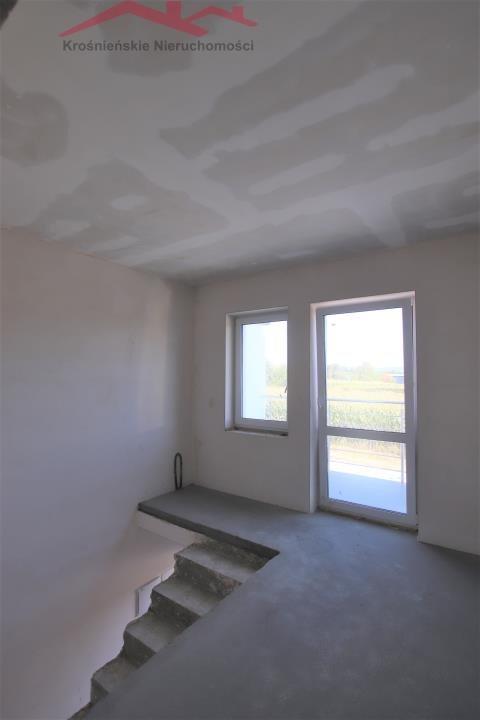 Mieszkanie trzypokojowe na sprzedaż Krosno, Suchodół  80m2 Foto 5