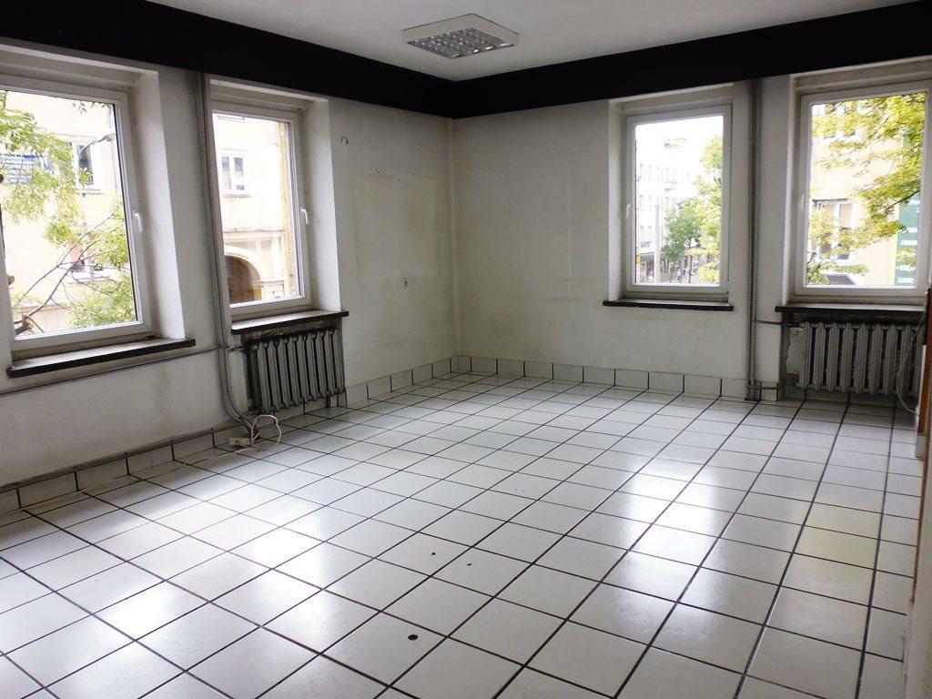 Lokal użytkowy na wynajem Kielce, Centrum  145m2 Foto 2