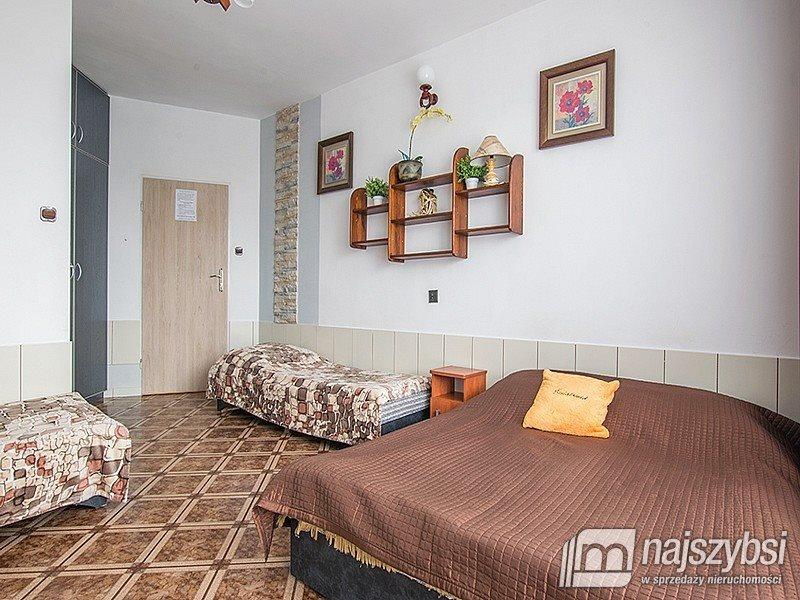 Dom na sprzedaż Dżwirzyno, Centrum  330m2 Foto 1