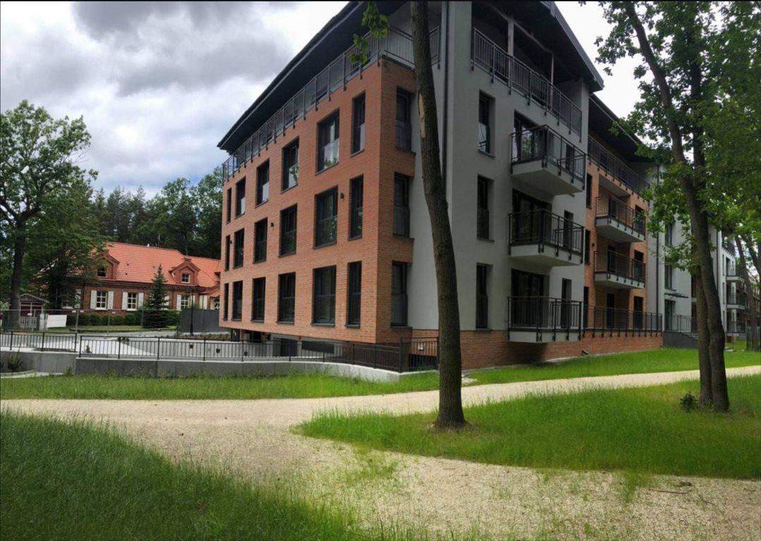 Mieszkanie trzypokojowe na sprzedaż Spała  76m2 Foto 3