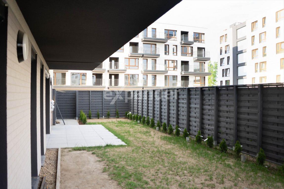 Mieszkanie czteropokojowe  na sprzedaż Poznań, Podolany  72m2 Foto 1