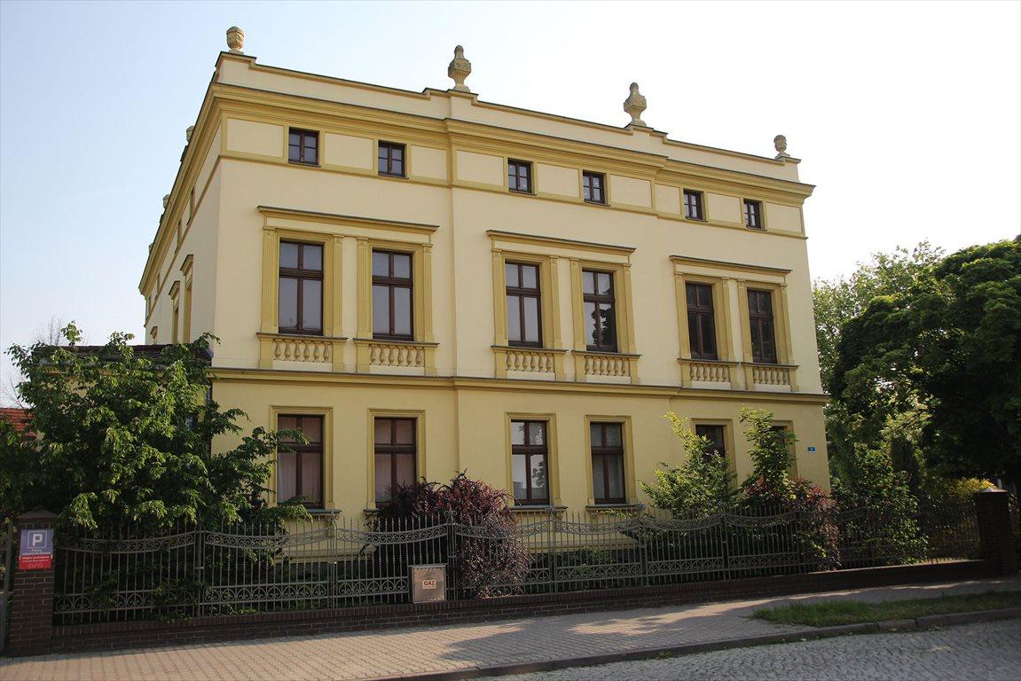 Lokal użytkowy na wynajem Leszno, Centrum  505m2 Foto 1